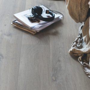 chêne gris urbain revêtement en vinyl pergo